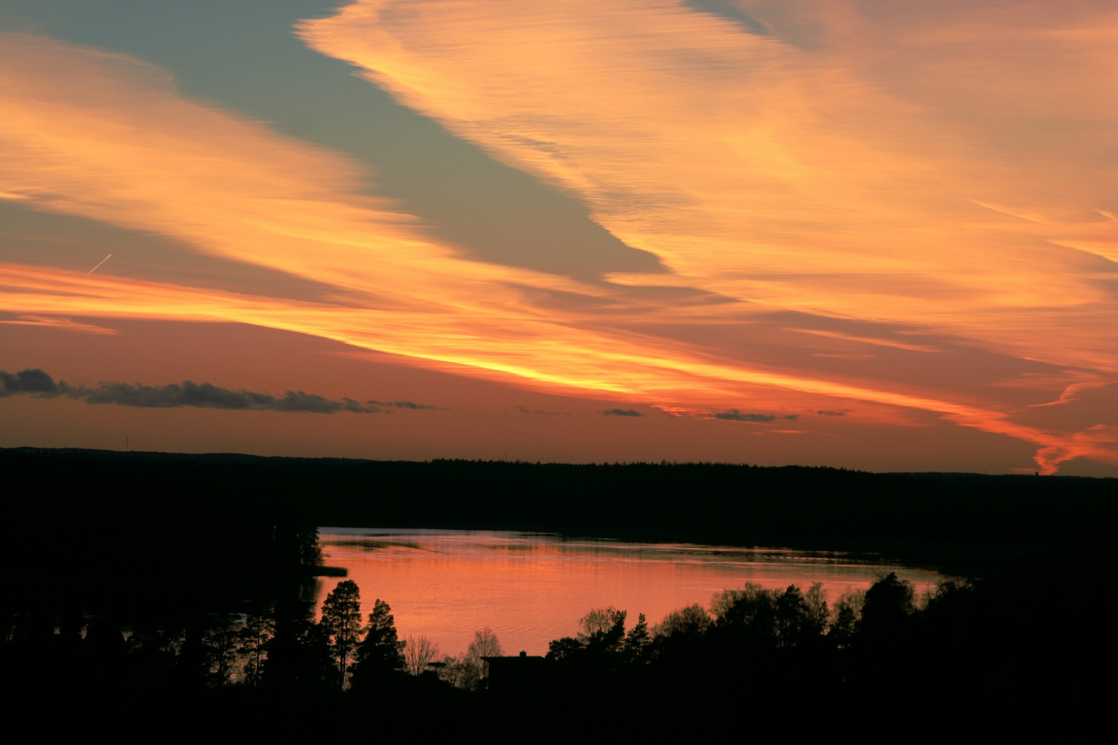 Nimi: Pilvet2, Kuvaaja: Kari Heino